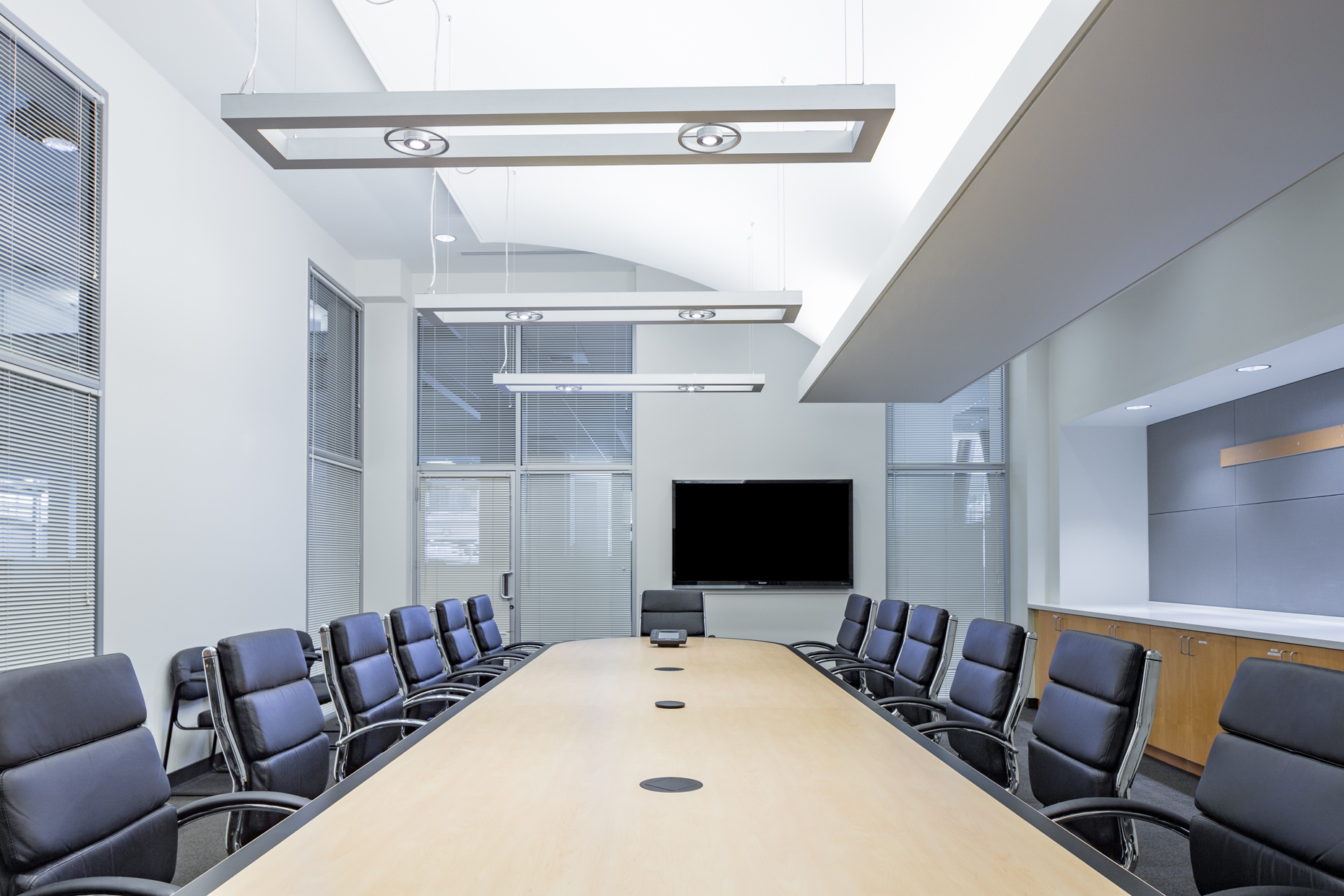corporate-board-room-1